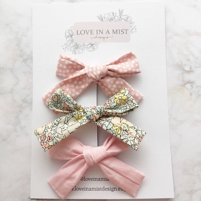PRETTY PINK FABRIC BOW PACK
