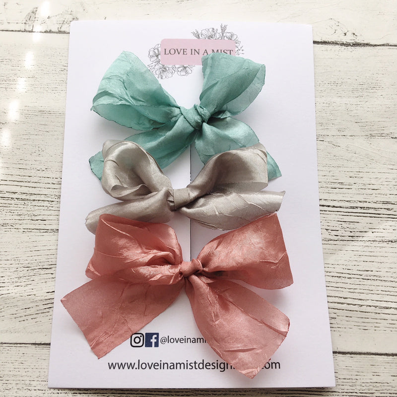 CRUSHED RIBBON BOW PACK