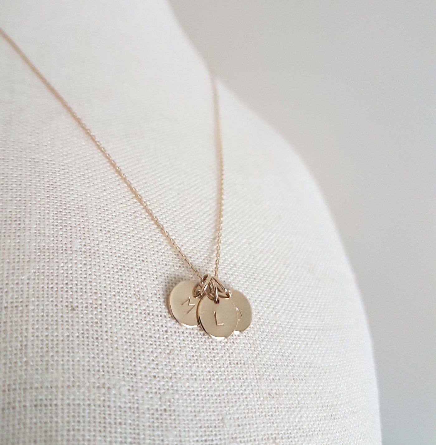 tiny flower pendant necklace pinterest rose adornment pin