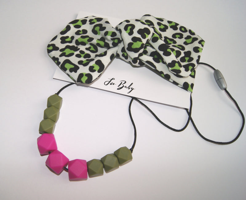 LEOPARD PRINT BABY BOW AND TEETHING NECKLACE FOR MUM GIFT SET