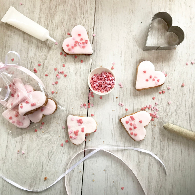 Sprinkle Heart Biscuit Kit