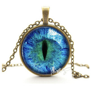 Vintage Jewelry  Blue Green Cat Eye Necklace Pendant  Charming Rhinestone Ethnic Necklace