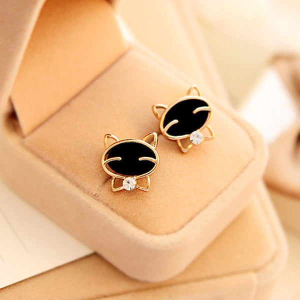 Beautiful  Black Smile Cat High-Grade Fine  Stud Earrings