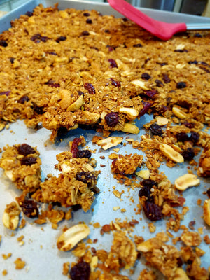 Kracnola Nutty Cranberry Raisin granola