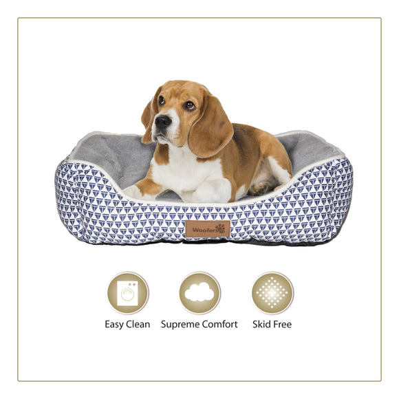 Woofers Nore Medium Dog Bed | Blue & White - Dog Nappers Dog Beds