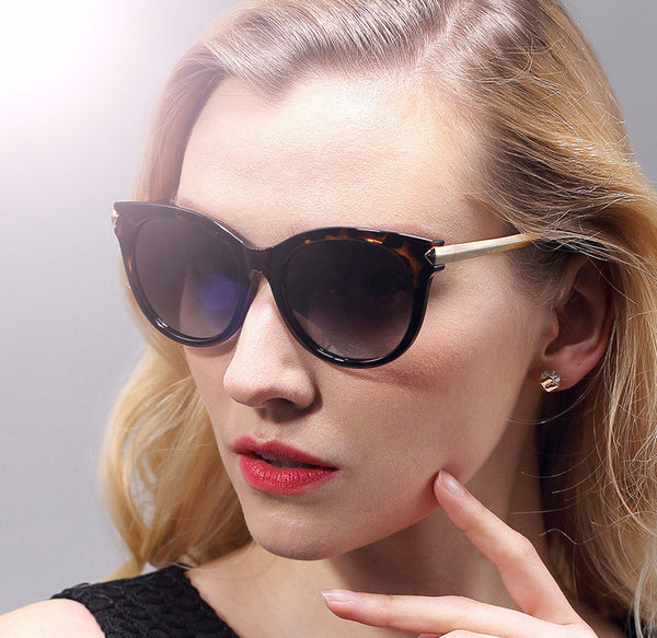 2017 New Designer Classic Cat Eye Polarized Women Sunglasses