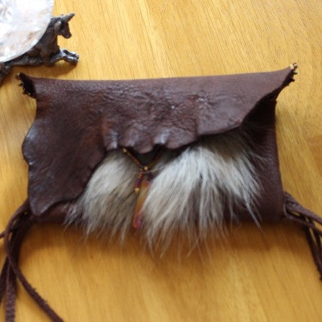 Handcrafted Leather Pouch 101512 - Song of Stones