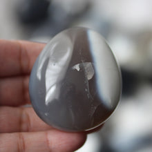 Load image into Gallery viewer, Orca Agate - Song of Stones