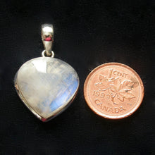Load image into Gallery viewer, Flashy Rainbow Moonstone Pendant 41409 - Song of Stones