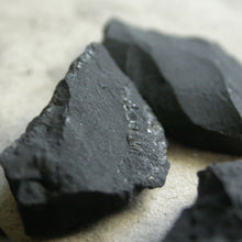 Load image into Gallery viewer, Raw Natural Shungite - Song of Stones