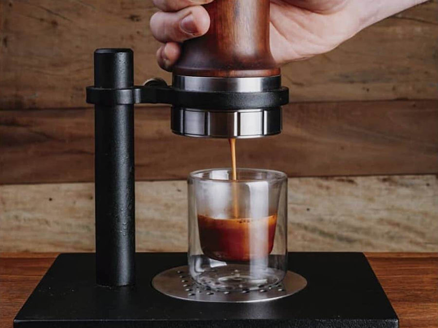 Aram | Espresso Maker w. Steel Support - Itauba