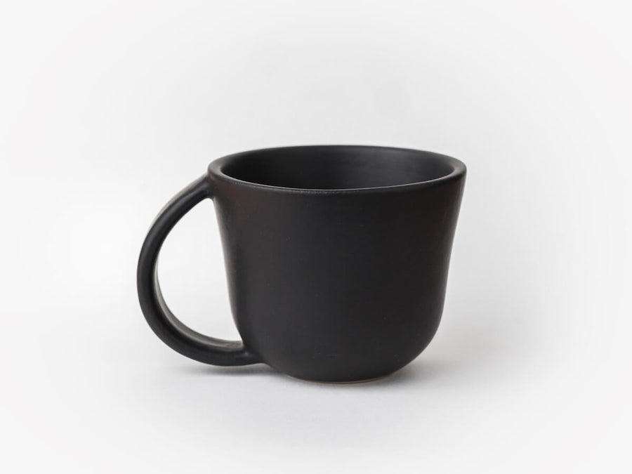 Gharyan | Cup w. Handle - Matte Black