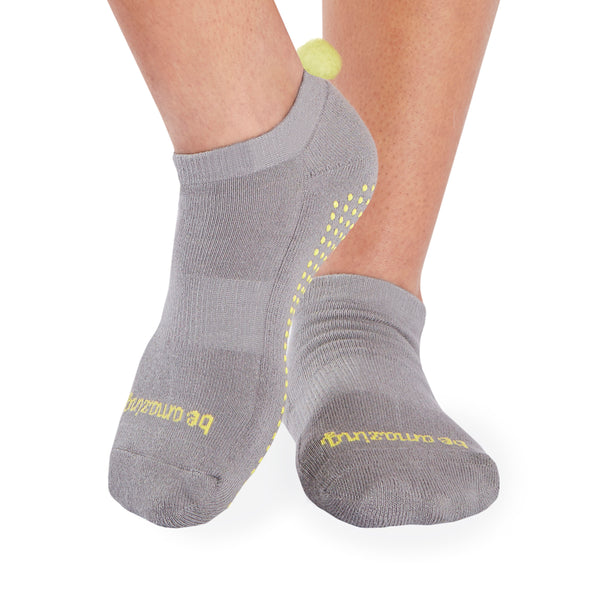 POM POM Be Amazing Grip Socks (Dark Grey/Lemon)