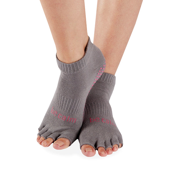HALF TOE Be Calm Grip Socks (Dark Grey/Candy Pink)