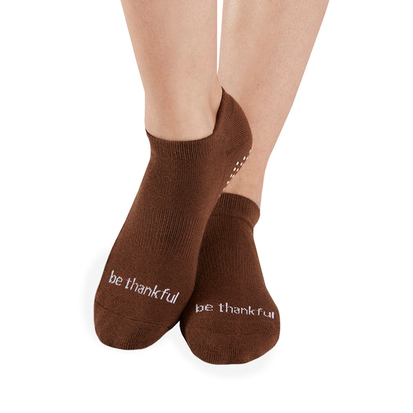 Be Thankful Grip Socks (Chocolate/White)