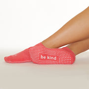 SALE Be Kind Grip Socks (Kiss/White)