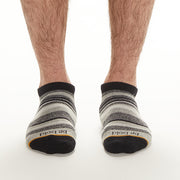 MENS Be Bold Grip Socks (Boulder)