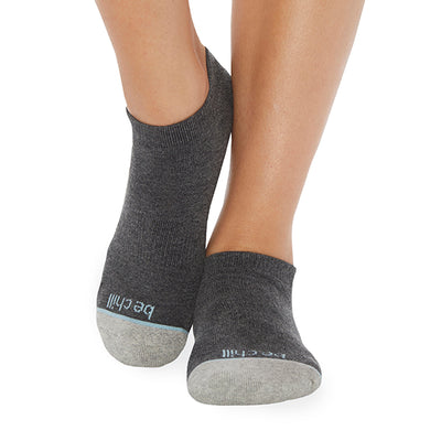 NEW Be Chill Kayla *NO GRIP* Socks (Noir)