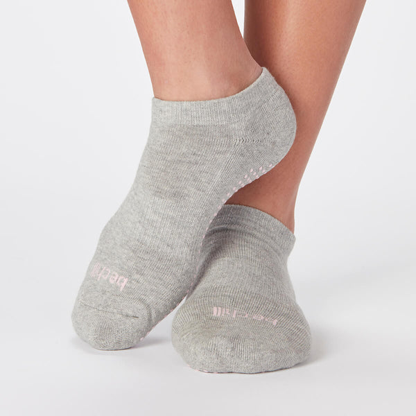 Be Chill Grip Socks (Heather Grey)