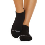 Be Fearless Grip Socks (Black/White)