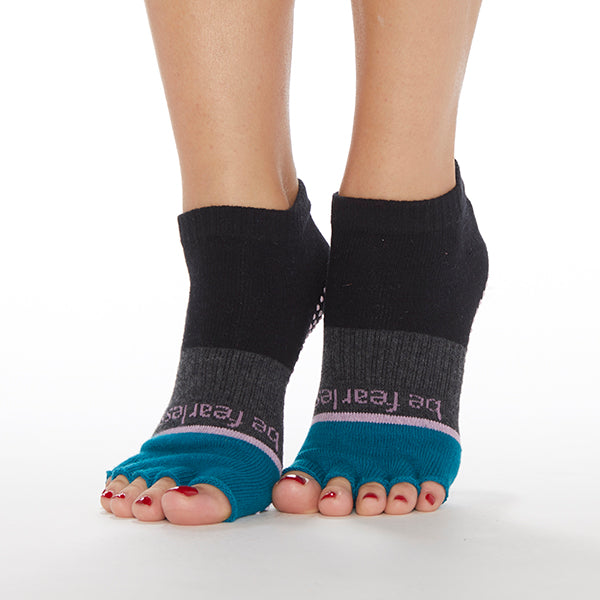HALF TOE Be Fearless Elle Grip Socks (Capri)