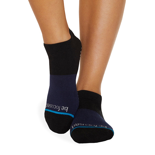 Be Focused Grace Grip Socks (Onyx)
