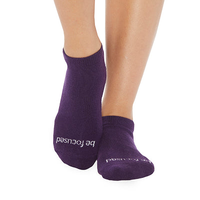 NEW Be Focused Grip Socks (Eggplant/White)