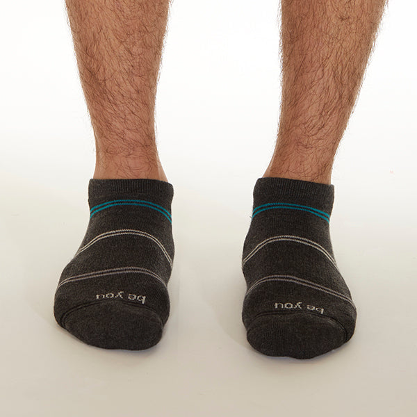 NEW MENS Be You Grip Socks (Graphite)