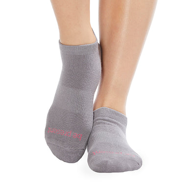 Be Present Grip Socks (Dark Grey/Candy Pink)