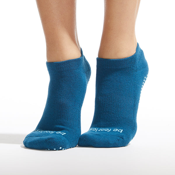 NEW Be Fearless Grip Socks (Teal/Sky)