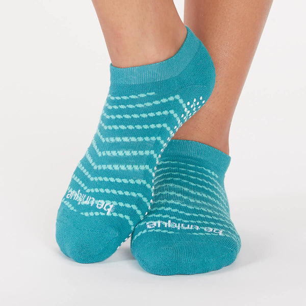 Be Unique Elena Chevron Grip Socks (Waterfall)