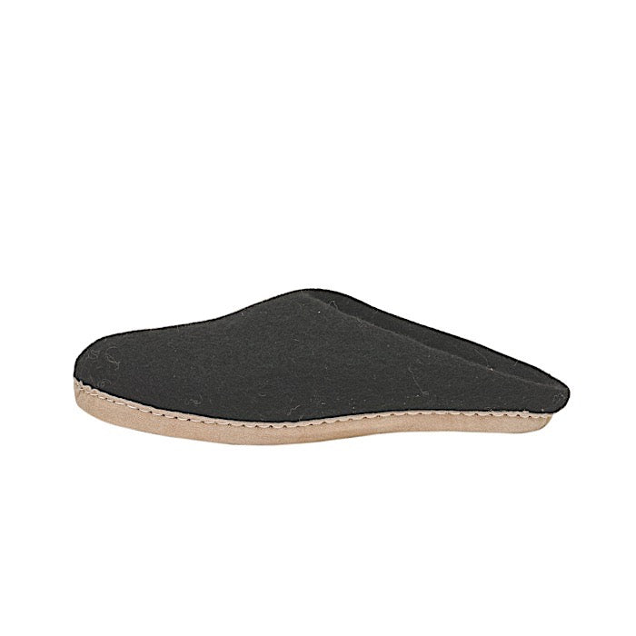 Ambler Cassiar Slipper - Black
