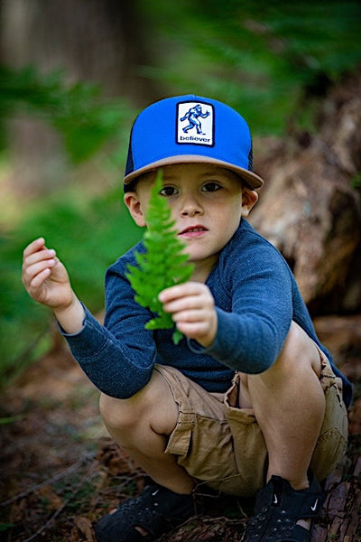Ambler Sasquatch kids hat - Royal - Model