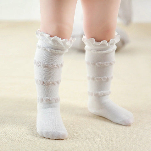 Everleigh White Ruffle Top Socks