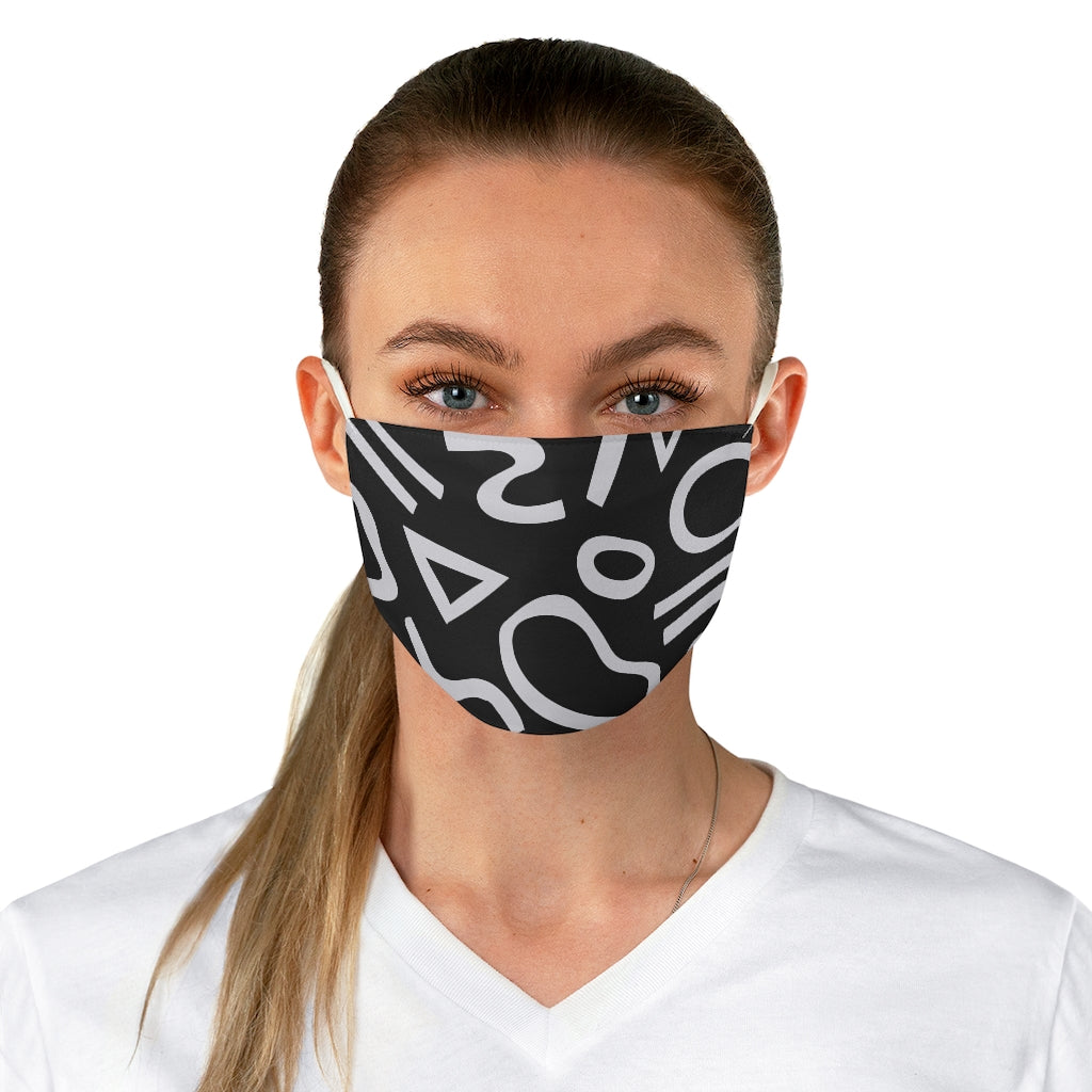 BLACK AND WHITE SQUIGGLE FACE MASK