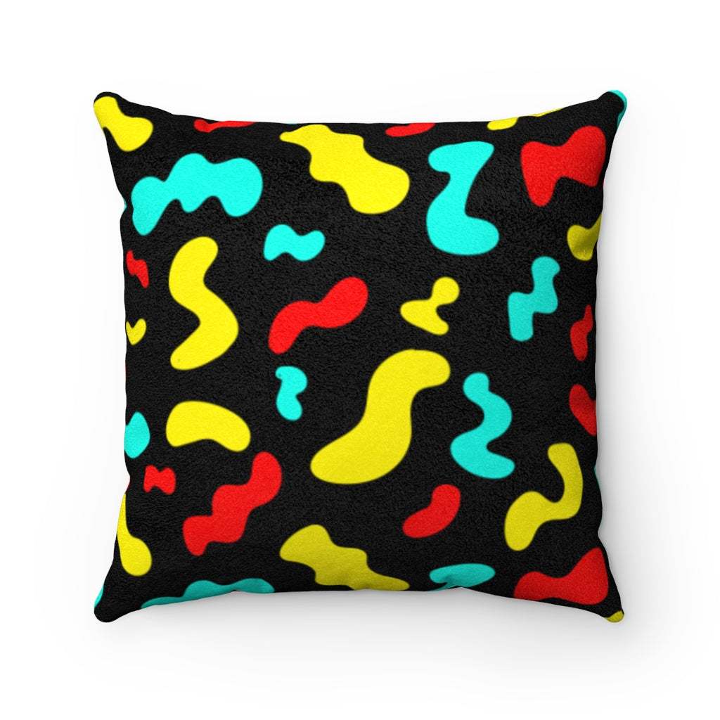 BLACK SQUIGGLE PILLOW
