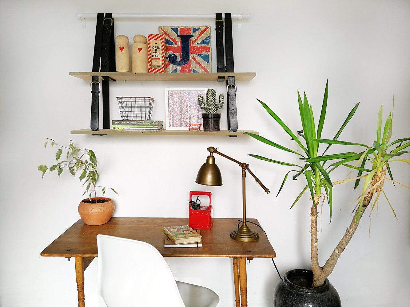 How to DIY Quick and Easy Hanging Shelving in 5 easy steps