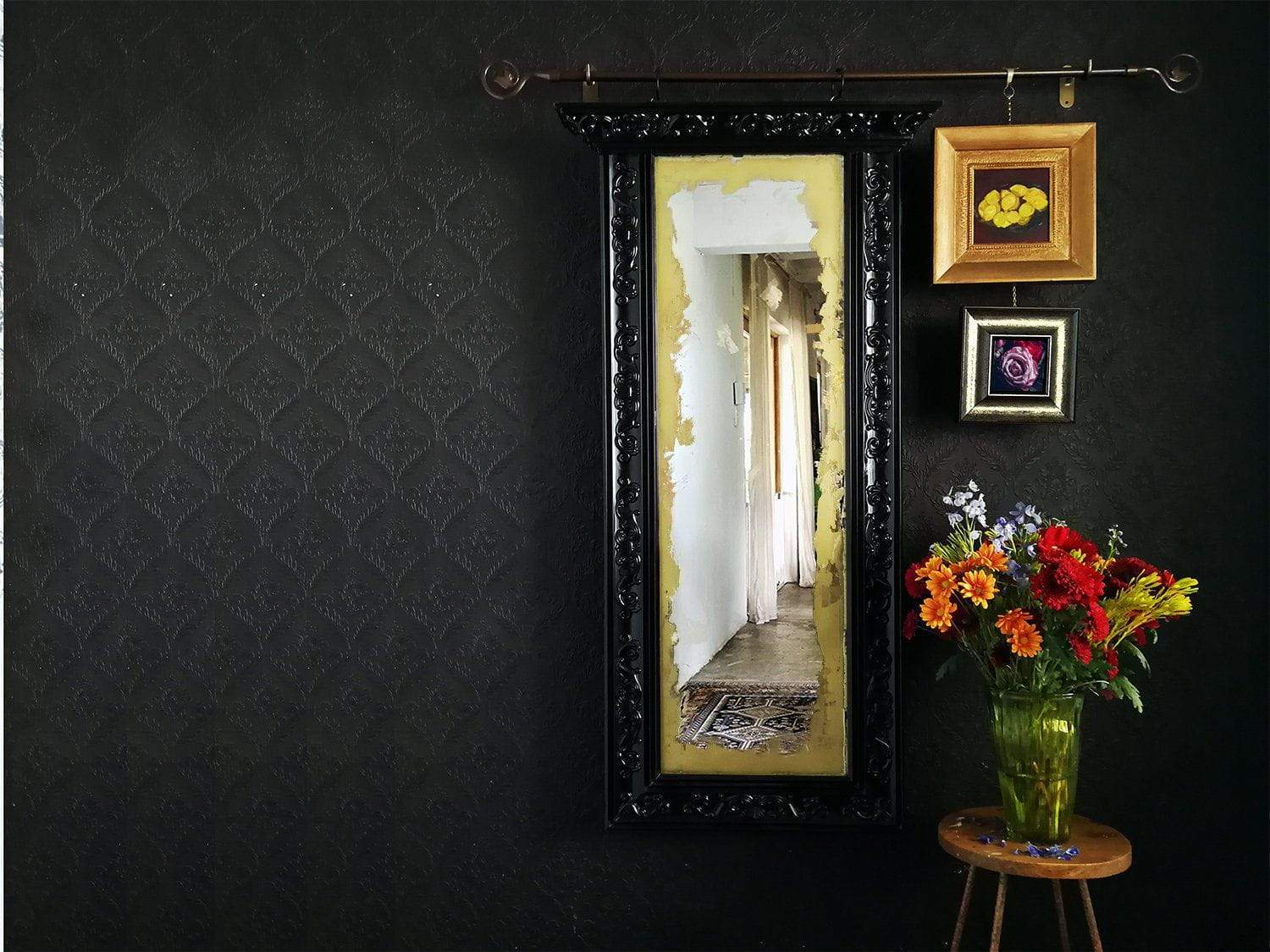 How to create your very own Antiqued Victorian Mirror Gallery Wall