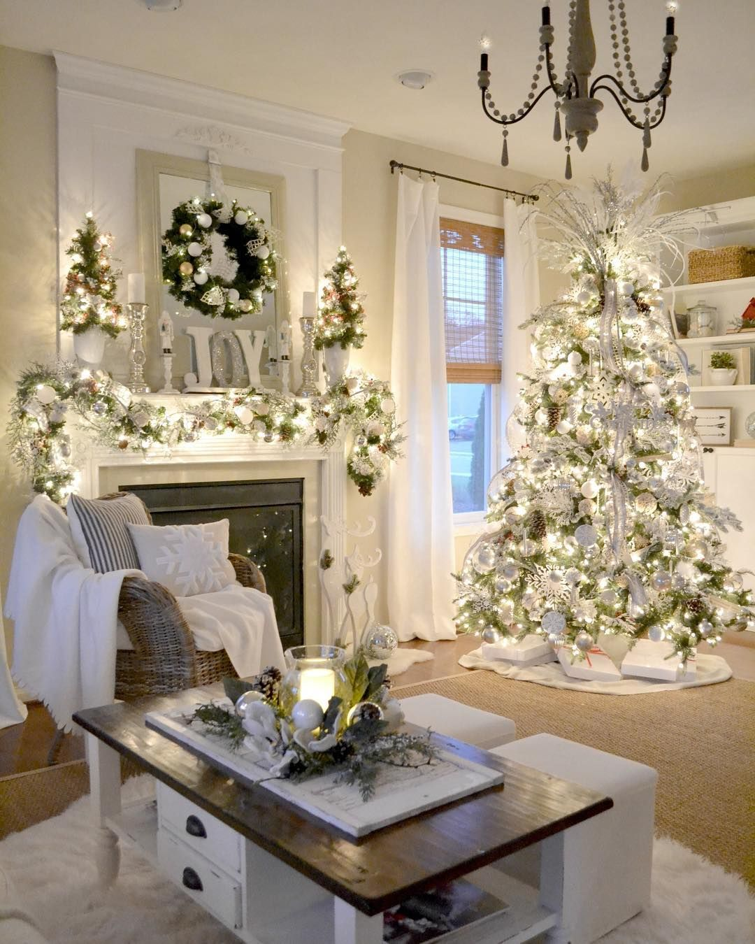 Christmas decor and curtain rod bracket ideas to match in white interior