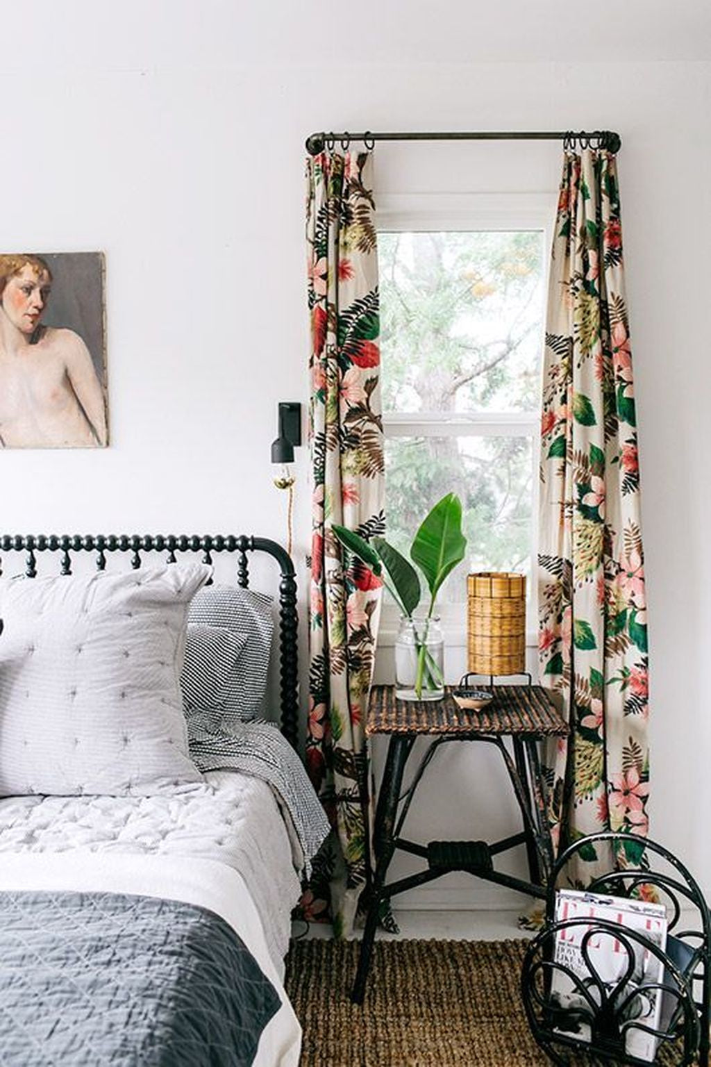 Classic-Vintage-Farmhouse-Bedroom-with Botanical Print Curtain