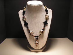 N-002/BLACK, GOLD AND WHITE GLASS BEAD NECKLACE