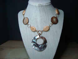 N-006/ABALONE AND YELLOW JASPER PENDANT NECKLACE