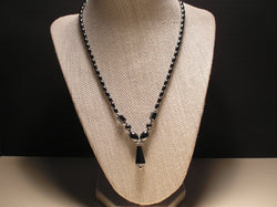 N-013/TEAR DROP SHAPED HEMATITE PENDANT NECKLACE
