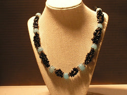 N-019/COOL BLUE AND BLACK CHIP NECKLACE