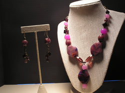 S2-007/PURPLE GLASS BEAD NECKLACE WITH MATCHING EARRINGS