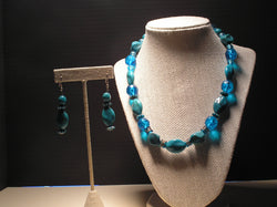 S2-014/TURQUIOSE AND BLUE ACRYLIC NECKLACE WITH MATCHING EARRINGS
