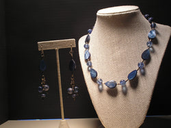 S2-015/BLUE MOTHER-OF-PEARL/GLASS BEAD NECKLACE WITH MATCHING EARRINGS