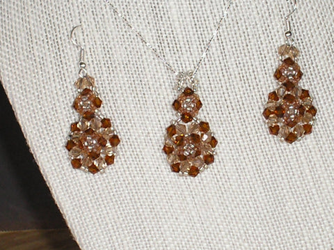 S2-051/TOPAZ CRYSTAL PENDANT NECKLACE WITH MATCHING EARRINGS