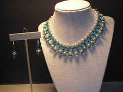 S2-013/PEARL AND AQUAMARINE CRYSTAL NECKLACE WITH MATCHING EARRINGS