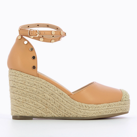 Nude Wedge Sandals with Gold Studs by 'Vanessa Wu'